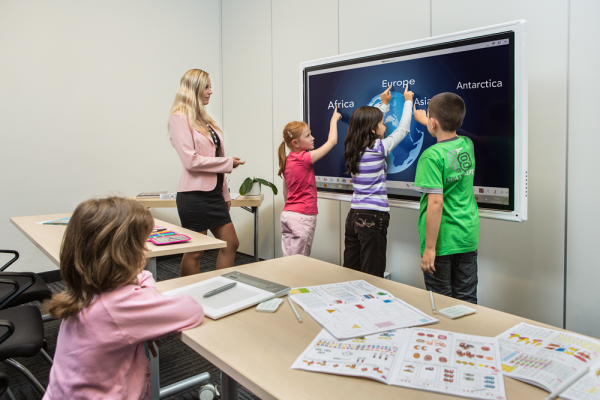 Audio visual solutions for education